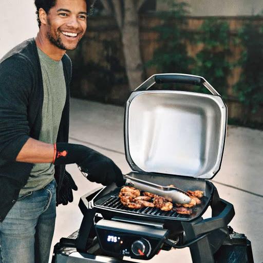 Barbecue électrique avec couvercle